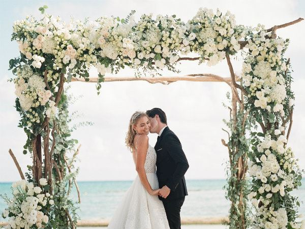 A Beach Wedding for Christmas
