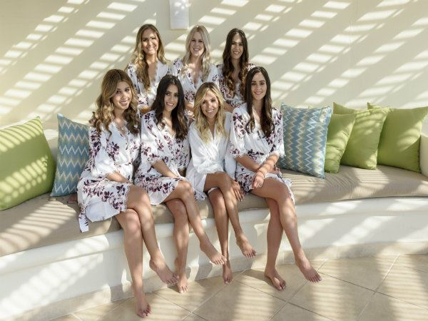 Creative ideas for photo sessions with your bridesmaids