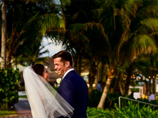 Destination Weddings at Velas Resorts