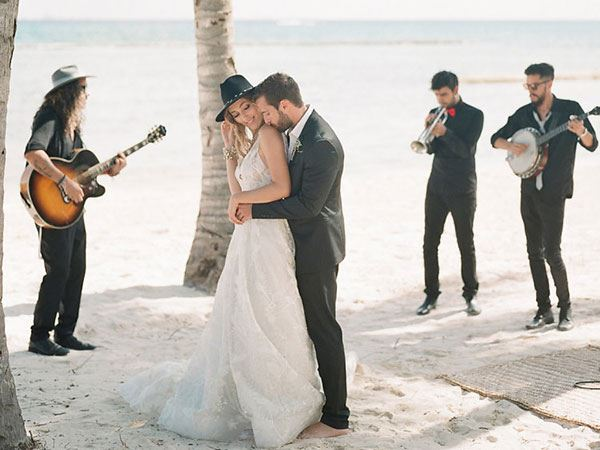 how to choose the best wedding venue in mexico