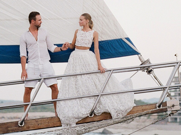 How to Dress for a Destination Beach Wedding