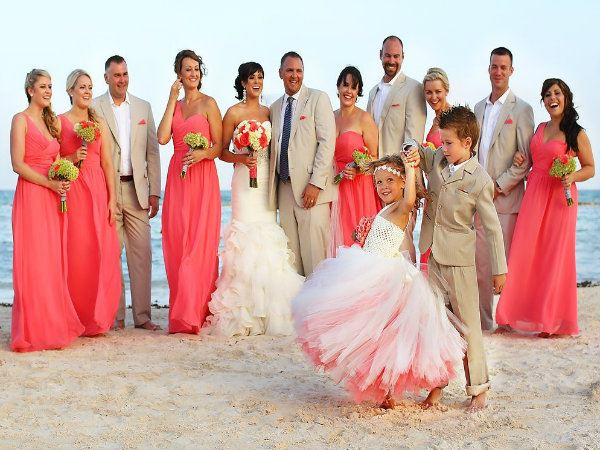 e0ada878fb8 How to Dress Your Kids for a Beach Wedding