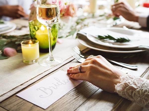 Wedding Inspiration: Christmas Decorations